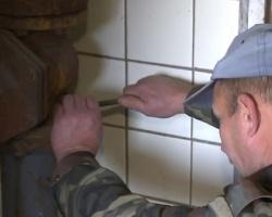 В Златоусте сантехник совершил кражу у клиентки