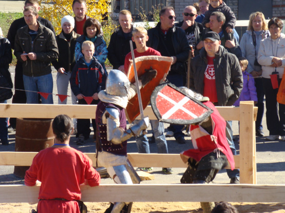 В Златоусте проходит  фестиваль «Уральский меч 2012»