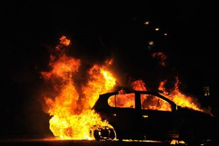 В Златоусте нарушитель отомстил полицейскому поджогом
