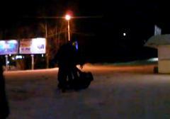 В Златоусте сняли обвинения с полицейского, ударившего пьяную женщину