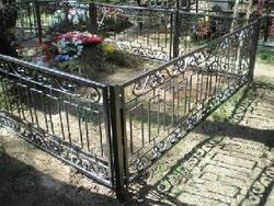 Братья из Златоуста воровали ограды могил с Уреньгинского кладбища
