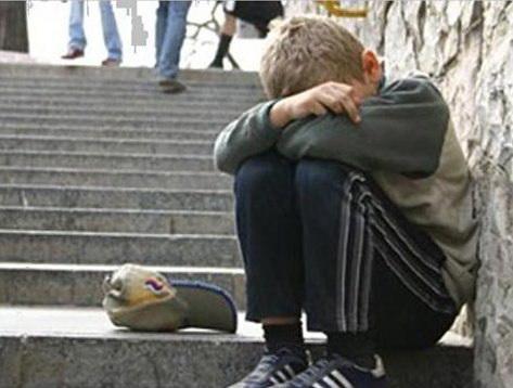 В Златоусте понесет наказание женщина, заставлявшая своего ребенка просить милостыню