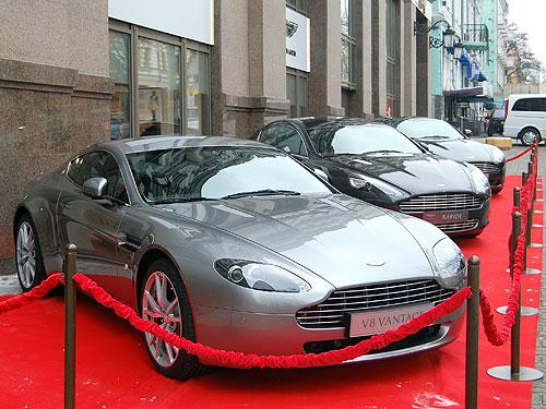 DB9 от Aston Martin уже выехал на тесты